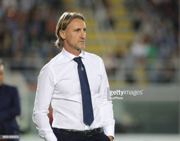 Head coach of Crotone Davide Nicola during the Serie A match between FC Crotone and SS Lazio at Stadio Comunale Ezio Scida on May 28 2017 in Crotone...