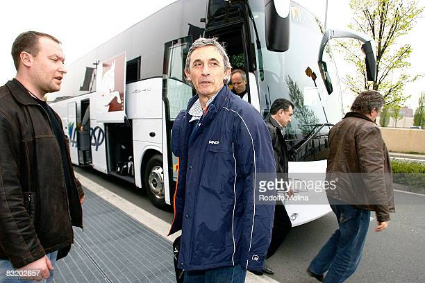 Head Coach of Dynamo Moscow Svetislav Pesic arriving to hotel Le Meridien in the ULEB Cup Final 8 will play at the Palavela on April 9 2008 in Turin...