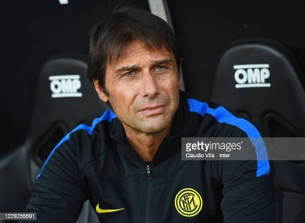 Head coach of FC Internazionale Antonio Conte looks on before the Serie A match between Genoa CFC and FC Internazionale at Stadio Luigi Ferraris on...
