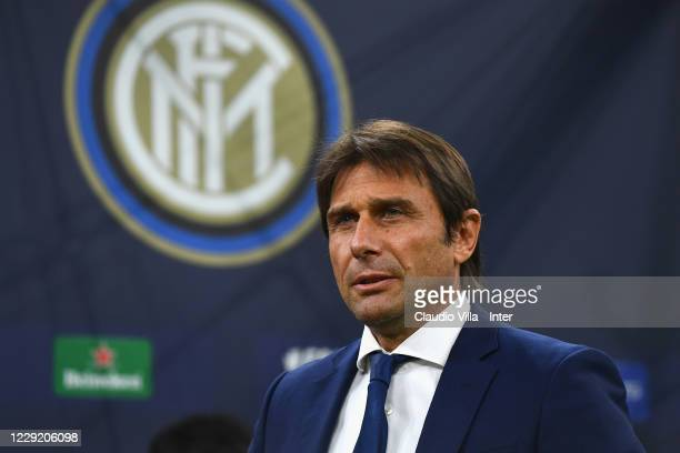 Head coach of FC Internazionale Antonio Conte reacts during the UEFA Champions League Group B stage match between FC Internazionale and Borussia...