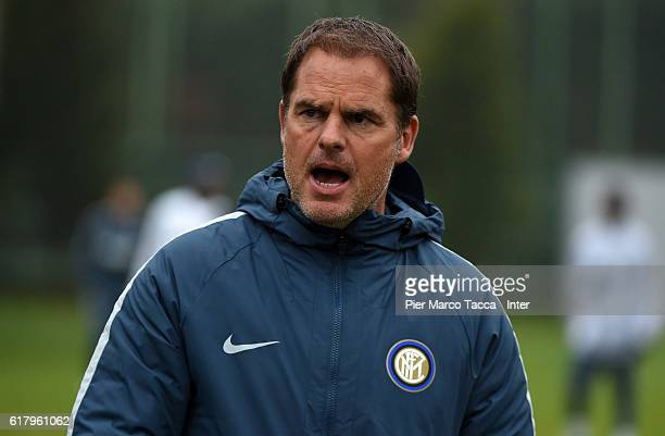 Head coach of FC Internazionale Frank de Boer in action during the FC Internazionale training session at Appiano Gentile on October 25 2016 in Como...