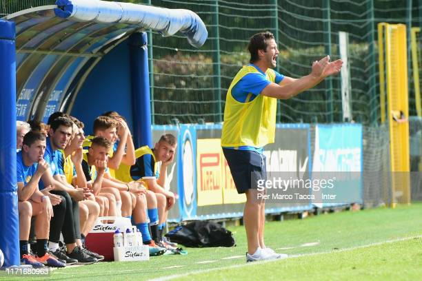 Head Coach of FC Internazionale U17 Cristian Chivu gestures during the match between FC Internazionale U17 and AC Milan U17 at Suning Youth...