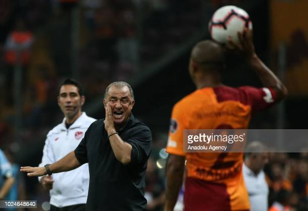 Head coach of Galatasaray Fatih Terim gives tactics to his players during Turkish Super Lig soccer match between Galatasaray and Aytemiz Alanyaspor...