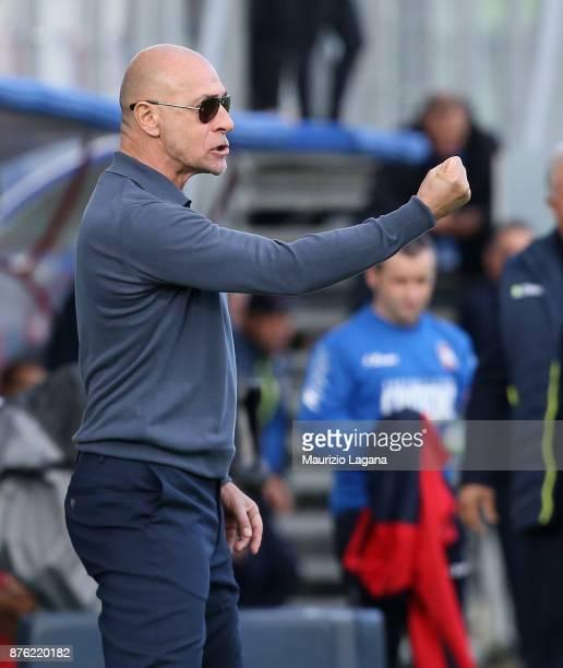 Head coach of Genoa Davide Ballardini celebrates during the Serie A match between FC Crotone and Genoa CFC at Stadio Comunale Ezio Scida on November...