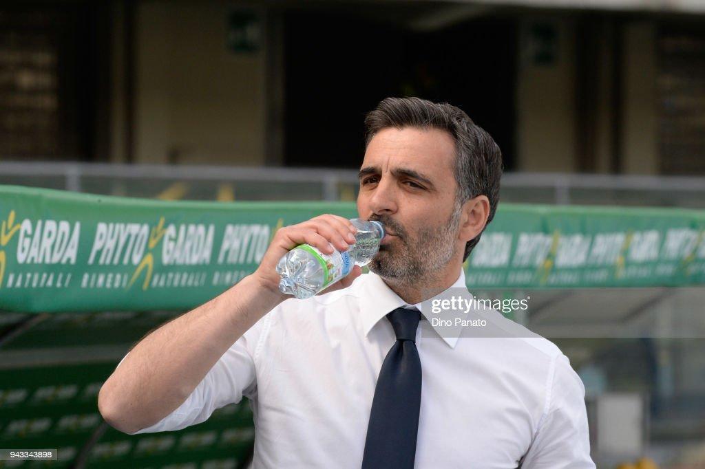 Hellas Verona FC v Cagliari Calcio - Serie A : Foto di attualità