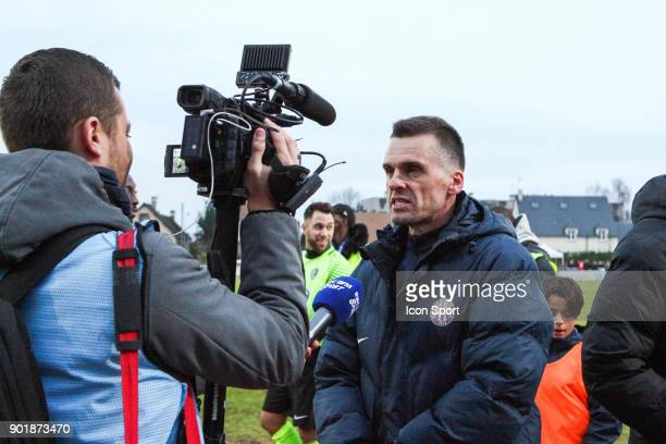 Head coach of Houilles Franck Blankenship during the french National Cup match between Houilles and Concarneau on January 6 2018 in Houilles France
