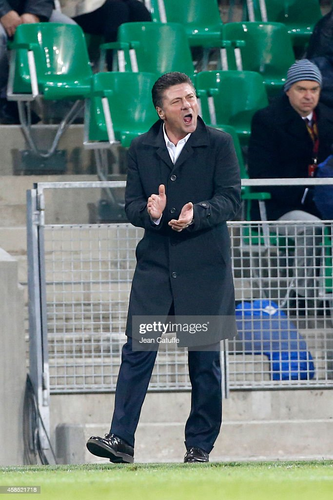 Head coach of Inter Milan Walter Mazzarri gestures during the UEFA Europa League Group F match between AS Saint-Etienne and FC Internazionale Milano on November 6, 2014 in Saint-Etienne, France.