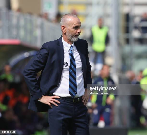 Head coach of Inter Stefano Pioli shows his dejection during the Serie A match between FC Crotone and FC Internazionale at Stadio Comunale Ezio Scida...