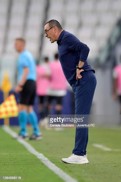 Head coach of Juventus Maurizio Sarri gives his team instructions during the UEFA Champions League round of 16 second leg match between Juventus and...