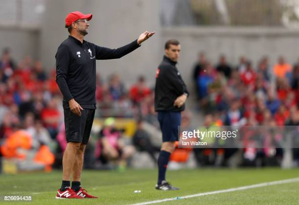 Head Coach of Liverpool Jurgen Klopp issues instructions to his players during the Pre Season Friendly match between Liverpool and Athletic Club at...