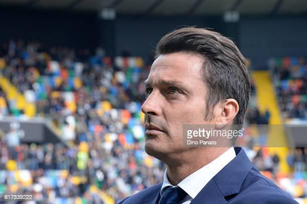 Head coach of Pescara Calcio Massimo Oddo looks on during the Serie A match between Udinese Calcio and Pescara Calcio at Stadio Friuli on October 23...