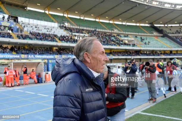 head coach of Pescara Calcio Zdenek Zeman looks on during the Serie A match between AC ChievoVerona and Pescara Calcio at Stadio Marc'Antonio...