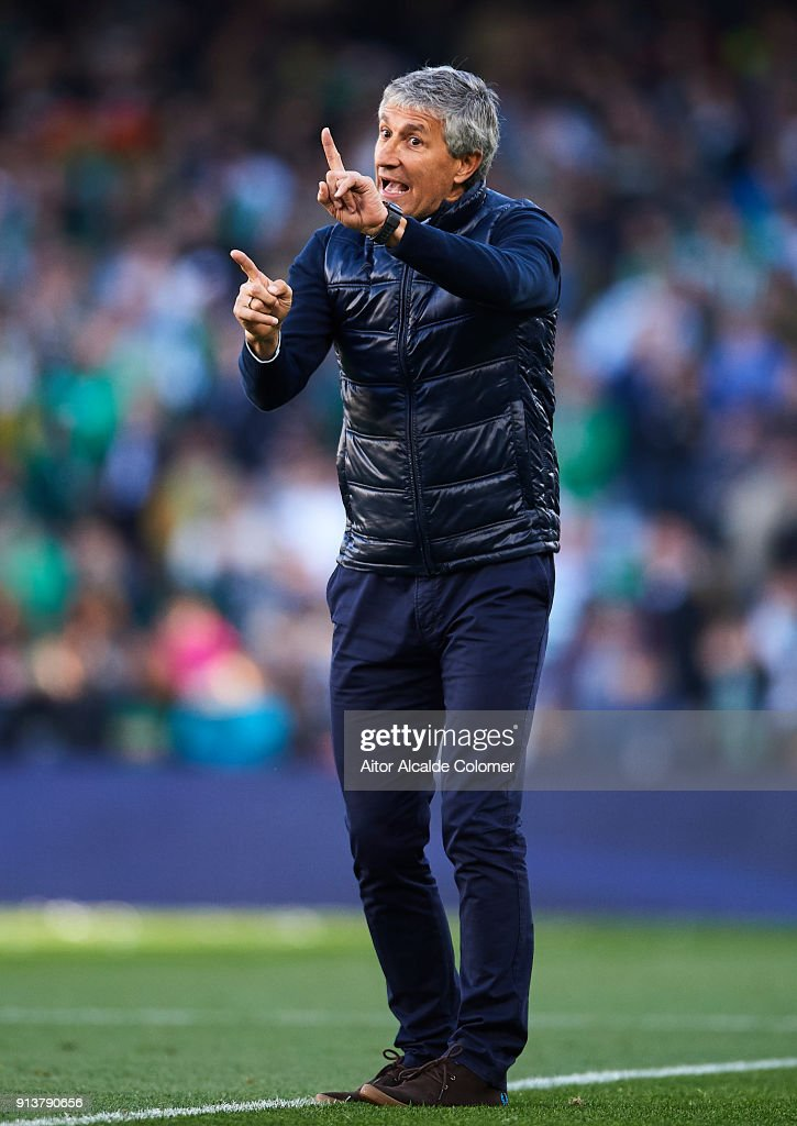 Head Coach of Real Betis Balompie Quique Setien reacts during the La Liga match between Real Betis and Villarreal at Estadio Benito Villamarin on February 3, 2018 in Seville, .
