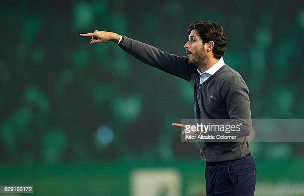 Head Coach of Real Betis Balompie Victor Sanchez del Amo gives instructions during La Liga match between Real Betis Balompie vs Athletic Club at...