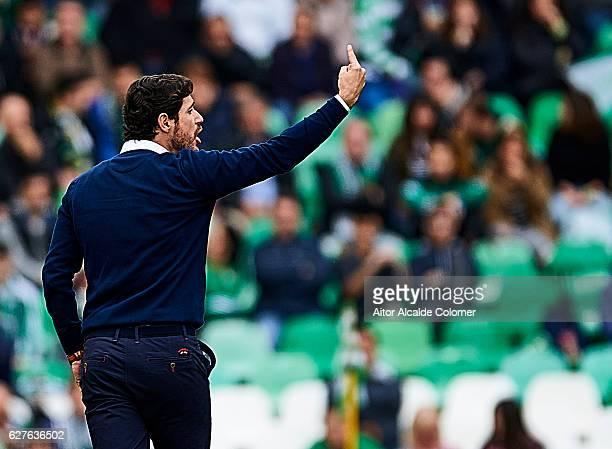 Head Coach of Real Betis Balompie Victor Sanchez del Amo looks on during La Liga match between Real Betis Balompie an RC Celta de Vigo at Benito...