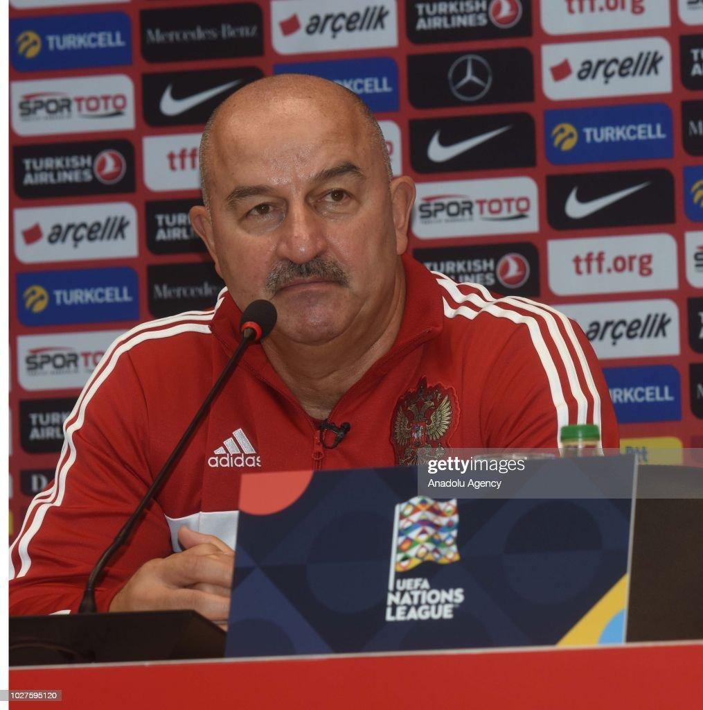 Ahead of Turkey v Russia: UEFA Nations League : News Photo
