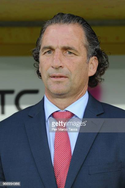Head Coach of Saudi Arabia Juan Antonio Pizzi looks on during the International Friendly match between Saudi Arabia and Italy on May 28 2018 in St...