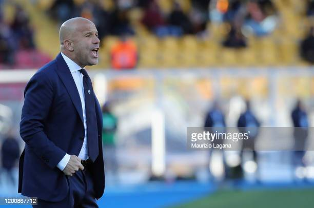 Head coach of Spal Luigi Di Biagio during the Serie A match between US Lecce and SPAL at Stadio Via del Mare on February 16, 2020 in Lecce, Italy.
