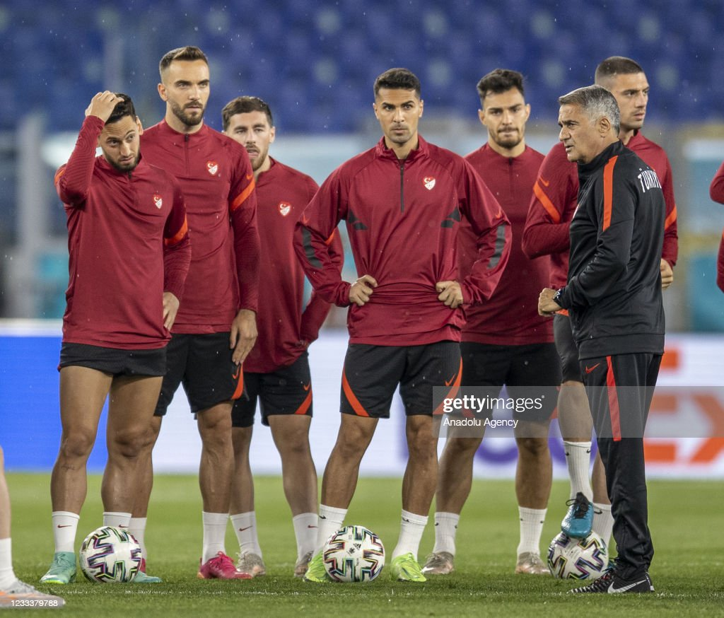 Turkish national football team's training sessionââââââ : News Photo