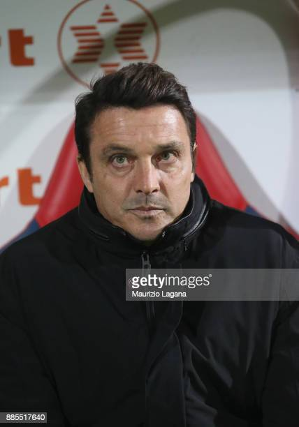 Head coach of Udinese Massimo Oddo during the Serie A match between FC Crotone and Udinese Calcio at Stadio Comunale Ezio Scida on December 4 2017 in...
