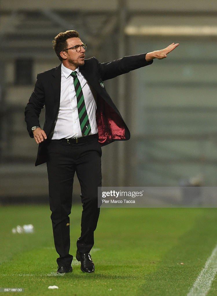 Head Coach of US Sassuolo Eusebio Di Francesco looks during the Serie A match between US Sassuolo and Pescara Calcio at Mapei Stadium - Citta' del Tricolore on August 28, 2016 in Reggio nell'Emilia, Italy.