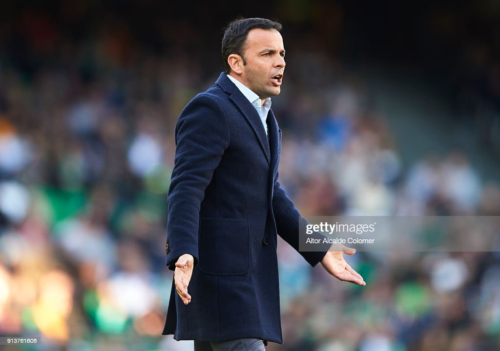 Head coach of Villarreal CF Javier Calleja reacts on during the La Liga match between Real Betis and Villarreal at Estadio Benito Villamarin on February 3, 2018 in Seville, .