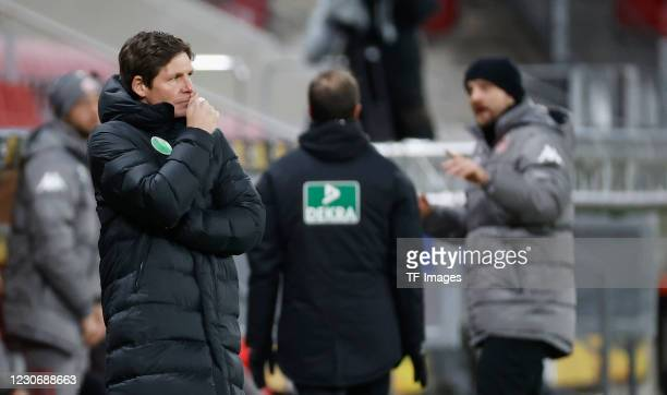 Head coach Oliver Glasner of VfL Wolfsburg during the Bundesliga match between 1. FSV Mainz 05 and VfL Wolfsburg at Opel Arena on January 19, 2021 in...