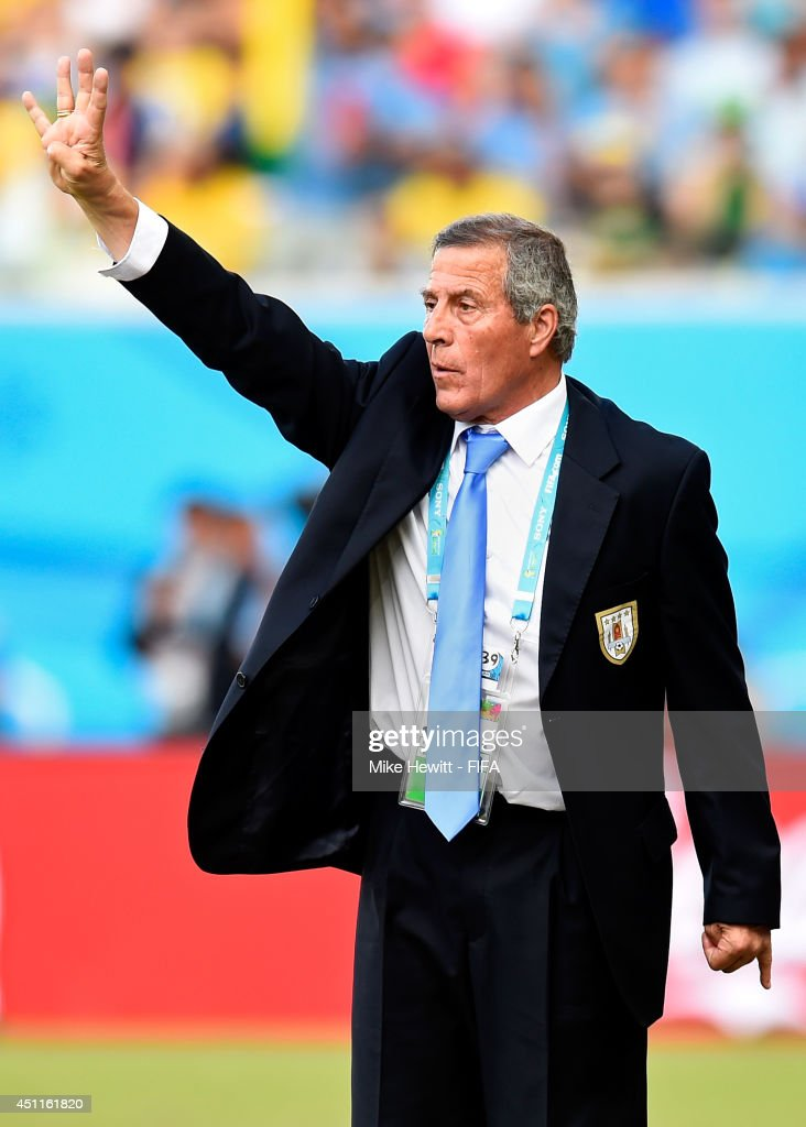 Head coach Oscar Tabarez of Uruguay gestures during the 2014 FIFA World Cup Brazil Group D match between Italy and Uruguay at Estadio das Dunas on June 24, 2014 in Natal, Brazil.