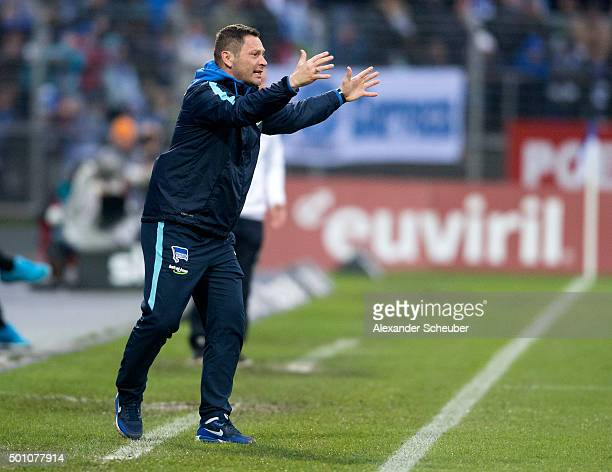 Head coach Pal Dardai of Hertha BSC reacts during the bundesliga match between SV Darmstadt 98 and Hertha BSC at MerckStadion am Boellenfalltor on...