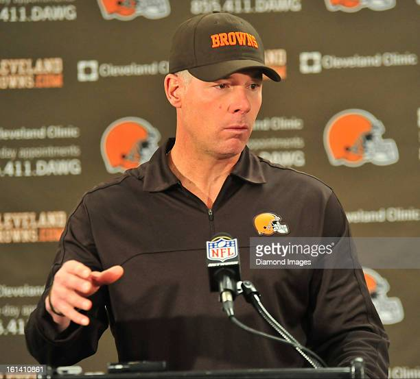 PITTSBURGH PENNSYLVANIA DECEMBER 30 2012 Head coach Pat Shurmur of the Cleveland Browns answers questions from the media after a game against the...