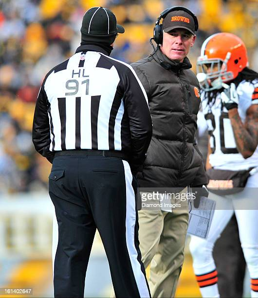PITTSBURGH PENNSYLVANIA DECEMBER 30 2012 Head coach Pat Shurmur of the Cleveland Browns disputes a call with the official during a game against the...