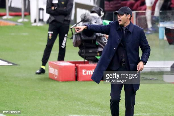 head coach Paulo Fonseca of AS Roma gestures during the Serie A match between AC Milan and AS Roma at Stadio Giuseppe Meazza on October 26 2020 in...