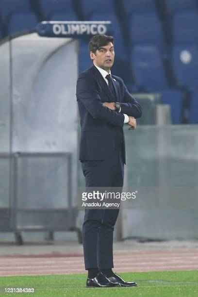 Head coach Paulo Fonseca of AS Roma looks on during the UEFA Europa League group A match between AS Roma an SC Braga at Stadio Olimpico on February...