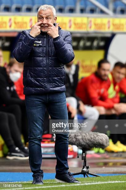 Head coach Pavel Dotchev of Duisburg reacts during the 3. Liga match between MSV Duisburg and FC Ingolstadt 04 at Schauinsland-Reisen-Arena on May...
