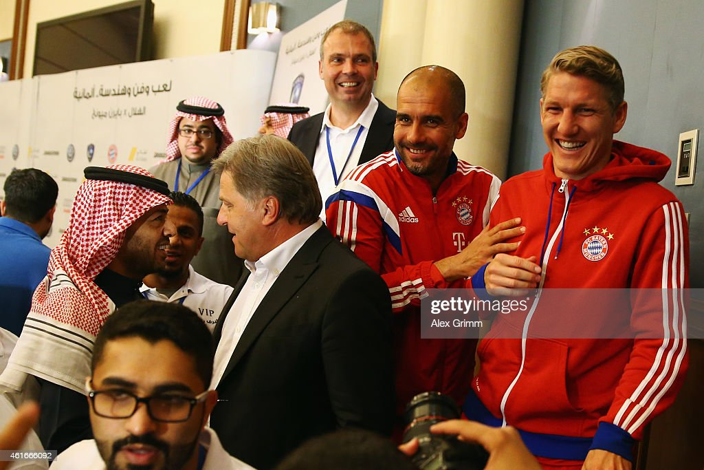 Al Hilal v Bayern Muenchen - Friendly Match : News Photo