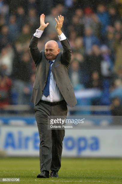 Head coach Pepe Mel of RC Deportivo La Coruna celebrates the victory against FC Barcelona during the La Liga match between RC Deportivo La Coruna and...
