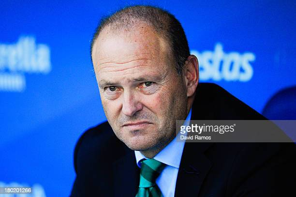 Head coach Pepe Mel of Real Betis Balompie looks out from the bench during the La Liga match between RCD Espanyol and Real Betis Balompie at...