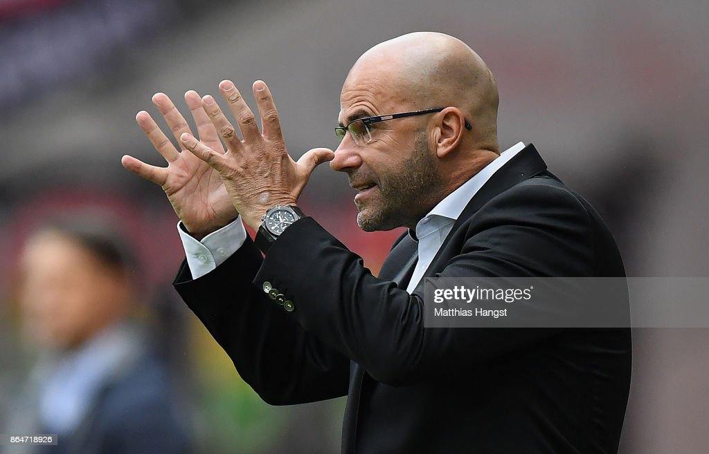 Head coach Peter Bosz of Dortmund gestures during the Bundesliga match between Eintracht Frankfurt and Borussia Dortmund at Commerzbank-Arena on October 21, 2017 in Frankfurt am Main, Germany.