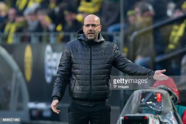 Head coach Peter Bosz of Dortmund gestures during the Bundesliga match between Borussia Dortmund and SV Werder Bremen at Signal Iduna Park on...