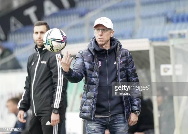 Head coach, Peter Stoeger of FK Austria Wien gestures during the tipico Bundesliga match between spusu SKN St. Poelten and FK Austria Wien at NV...