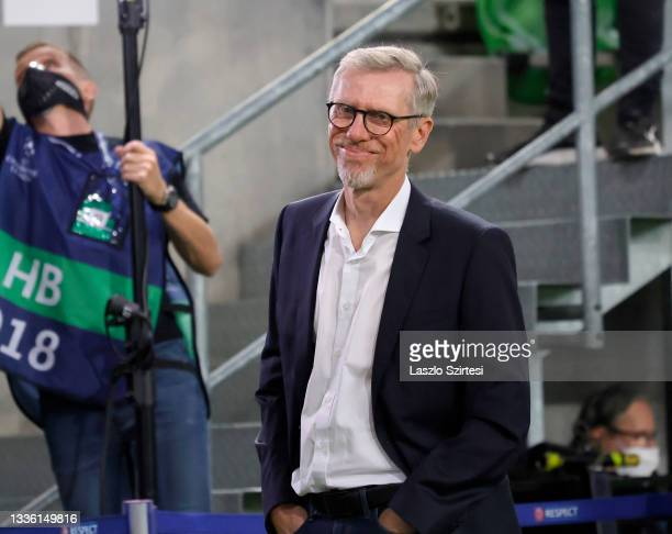 Head coach Peter Stoger of Ferencvarosi TC looks on prior to the UEFA Champions League Play-Offs Leg Two match between Ferencvarosi TC and BSC Young...