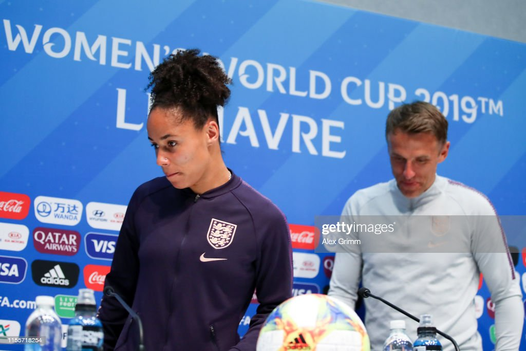 England & Argentina Training Sessions - 2019 FIFA Women's World Cup France : News Photo