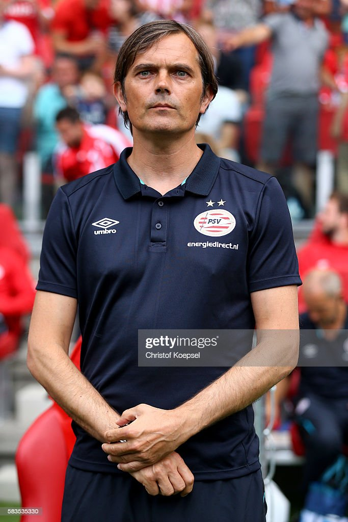 Head coach Phillip Cocu of Eindhoven looks on prior to the friendly match between FC Eindhoven and PSV Eindhoven at Philips Stadium on July 26, 2016 in Eindhoven, Netherlands.