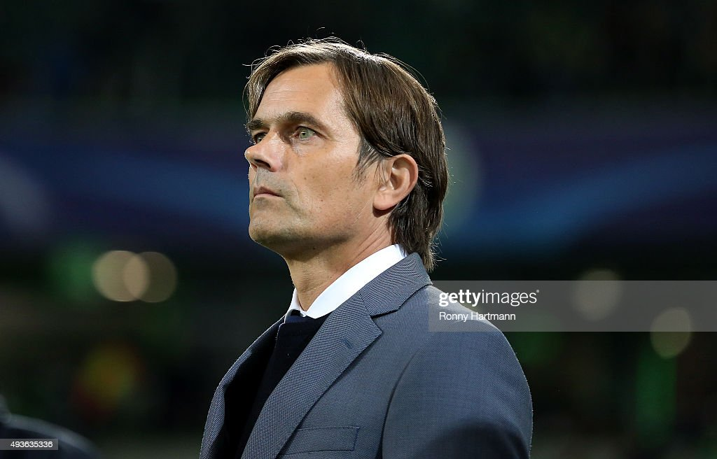 Head coach Phillip Cocu of PSV Eindhoven enters the pitch prior to the UEFA Champions League Group B match against VfL Wolfsburg at Volkswagen Arena on October 21, 2015 in Wolfsburg, Germany.