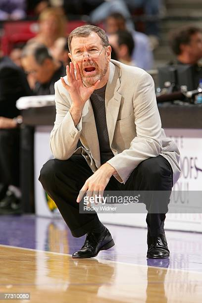 Head coach PJ Carlesimo of the Seattle SuperSonics calls a play from the sideline during the game against the Sacramento Kings at Arco Arena on...