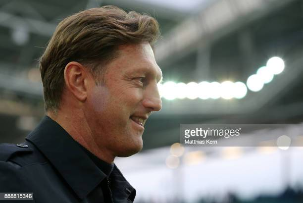 Head coach Ralph Hasenhuettl of Leipzig looks on prior to the Bundesliga match between RB Leipzig and 1FSV Mainz 05 at Red Bull Arena on December 9...