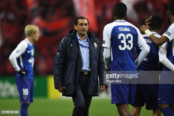 Head coach Ramon Diaz of AlHilal consoles his players after his side's 01 defeat in the AFC Champions League Final second leg match between Urawa Red...