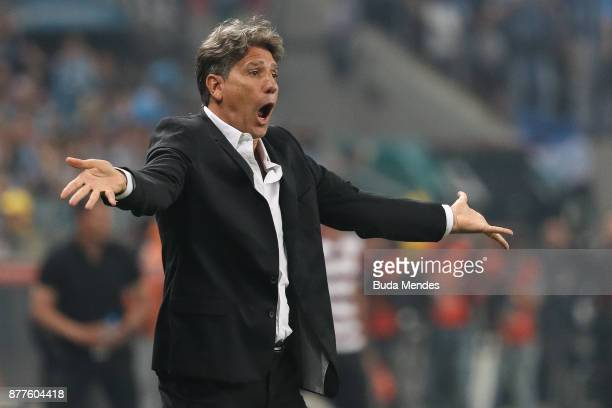 Head coach Renato Gaucho of Gremio reacts during a first leg match between Gremio and Lanus as part of Copa Bridgestone Libertadores 2017 Final at...