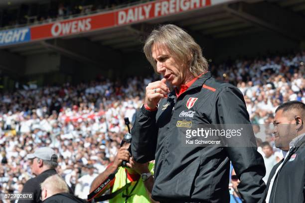 Head Coach Ricardo Gareca of Peru reacting prior to the 2018 FIFA World Cup Qualifier match between the New Zealand All Whites and Peru at Westpac...