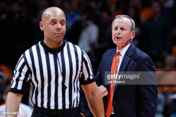 Head coach Rick Barnes of the Tennessee Volunteers argues with an official in the first half of a game against the Kentucky Wildcats at...